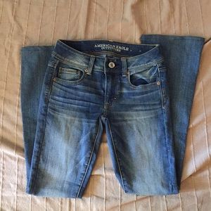 EUC AMERICAN EAGLE KICK BOOT JEANS
